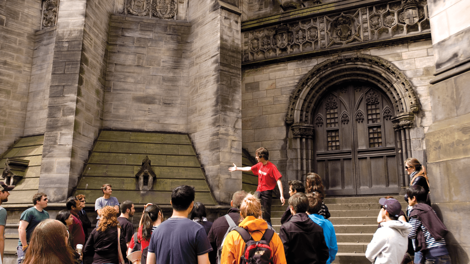 The Edinburgh Free Tour Group Outside St Giles Cathedral