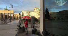 punto de encuentro del tour gratis de berlin en la puerta de brandeburgo