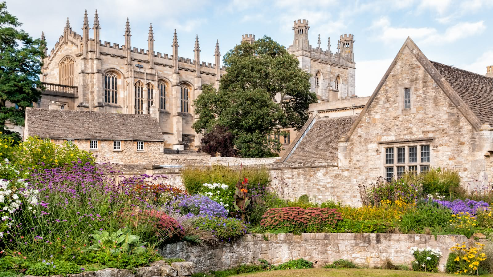 Discovering Oxford with SANDEMANs Tours