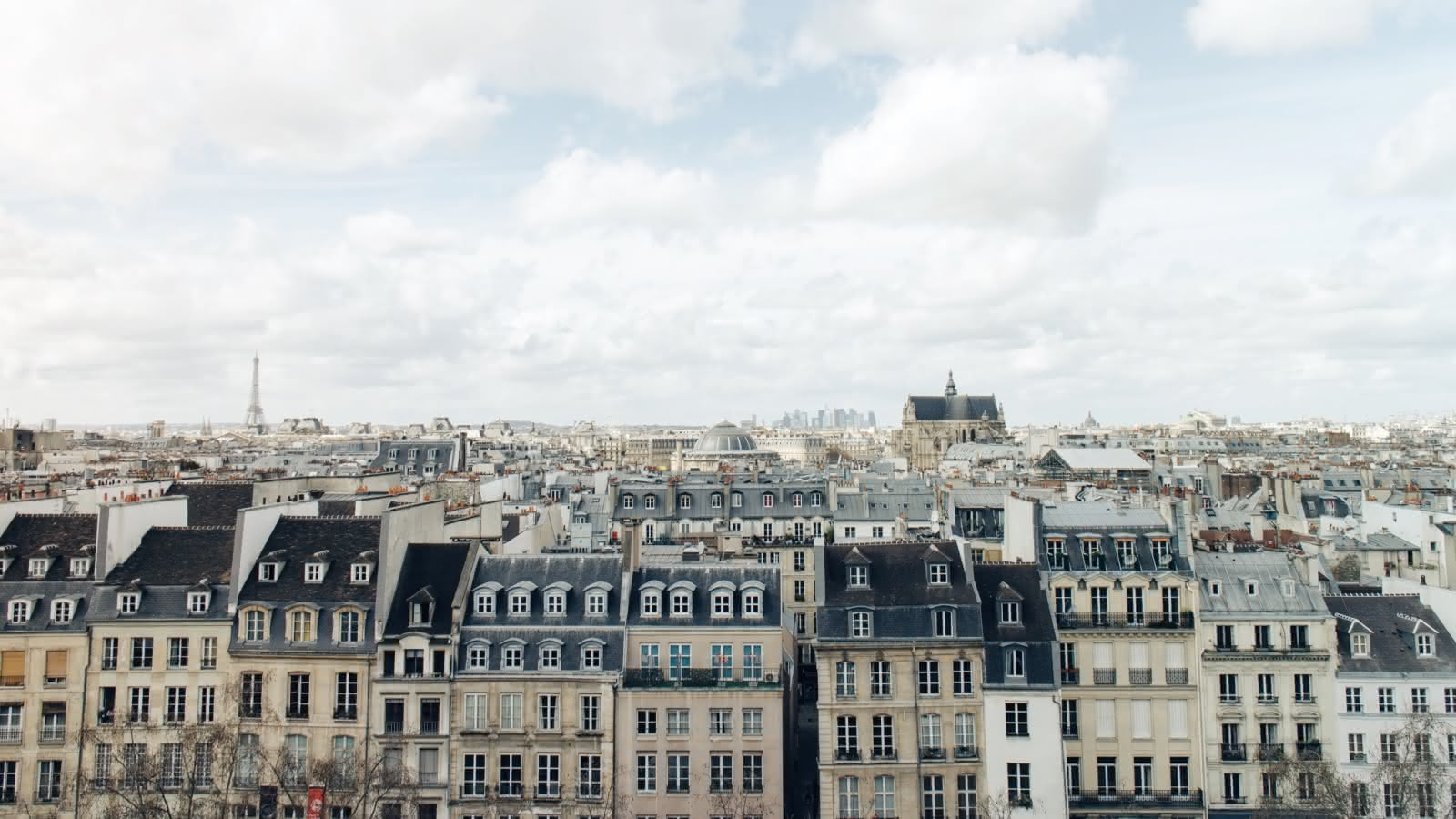 Paris | Free Walking Tours & Activities | SANDEMANs NEW Europe